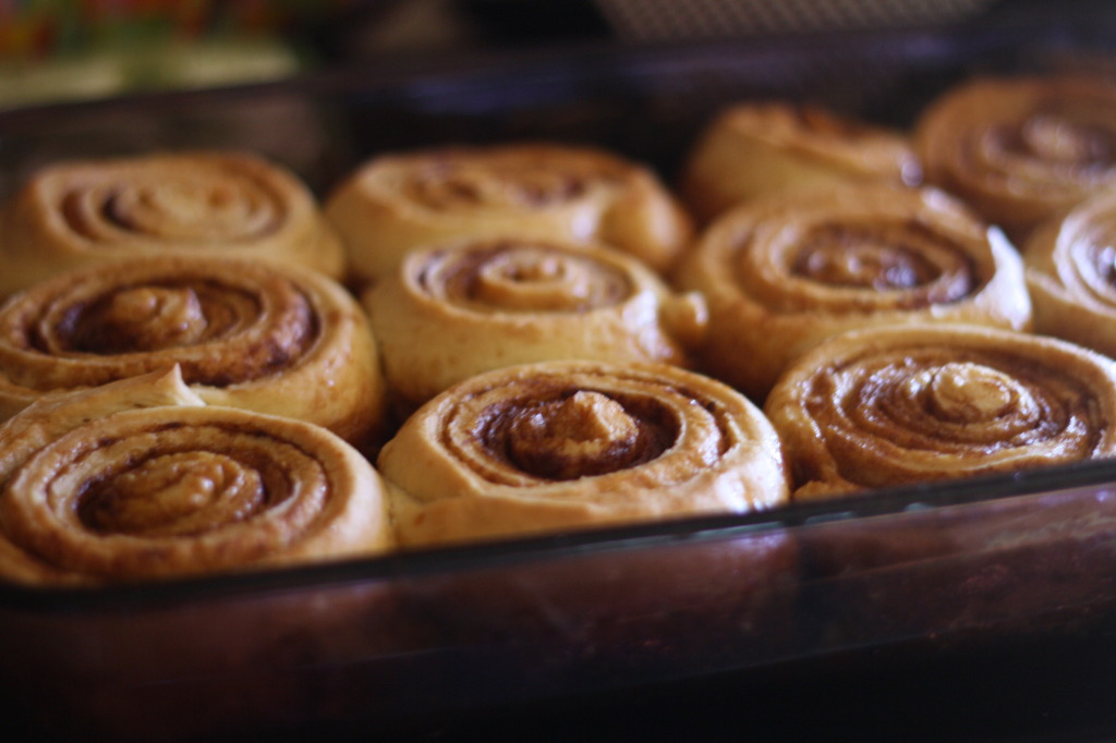 Cinnamon Rolls By Candlelight