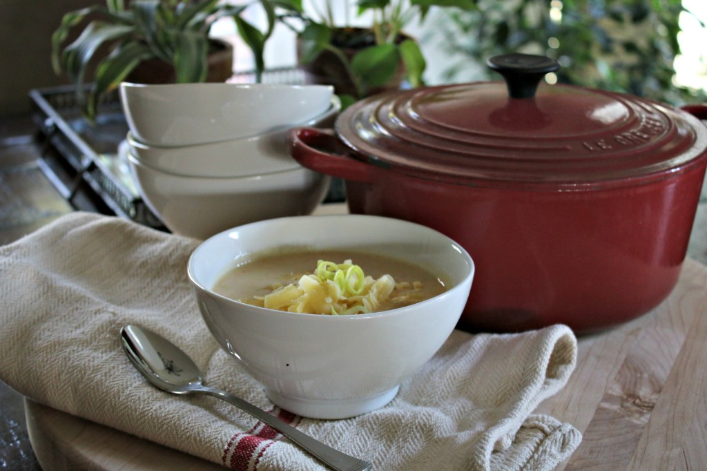 Quick Cheesy Potato Leek Soup